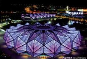 LED灯光下的ETFE充气膜结构
