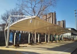 汽车停车棚-衡水市供电服务企业充电桩膜结构