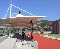 膜结构遮阳棚吊装