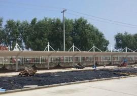 汽车车棚,河北槐茂食品企业膜结构汽车车棚