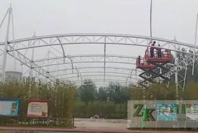涞水金隅集团篮球场膜结构工程钢结构部分制作安装完成