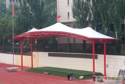 山西太原五一路小学操场主席台遮阳膜结构
