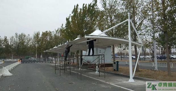 天津机场停车场汽车棚